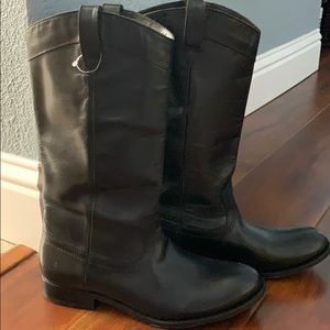 Frye Billy Pull On boot NW/outTags sz 8